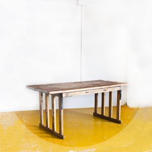 Mesa de estilo industrial,...